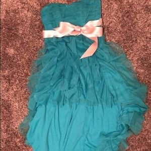Dresses & Skirts - Blue strapless high to low dress
